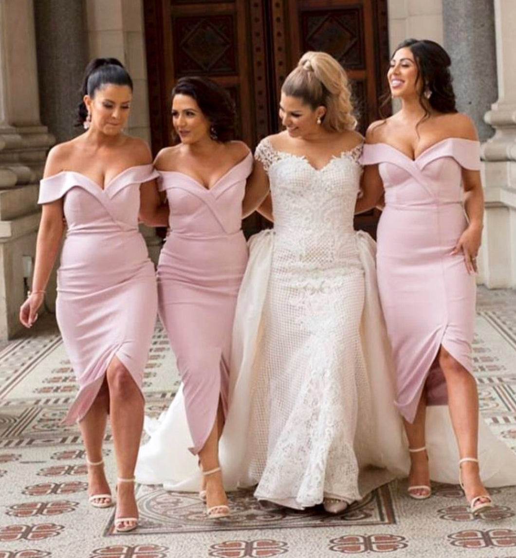 Lovely Off-Shoulder Short Bridesmaid Dresses with Sexy Slit