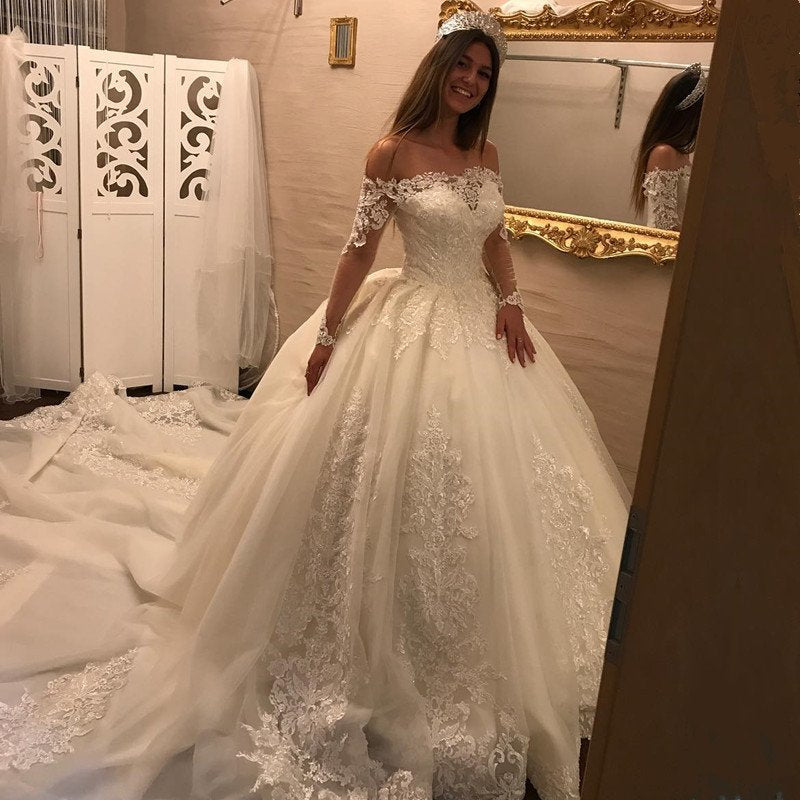 Luxury Off Shoulder Ball Gown Wedding Dress with Long Sleeves 2018