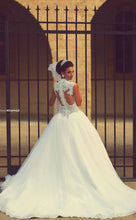 Best Selling Puffy Tulle Wedding Dresses with Beaded Lace Appliques