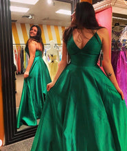 Plus Size Simple Prom Dresses Long in Green Satin