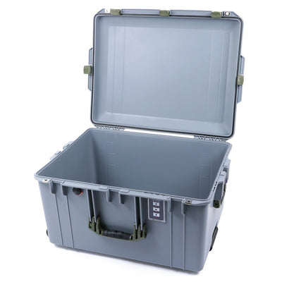 Pelican 1637 Air Case, Silver with OD Green Handles & Latches - Pelican Color Case