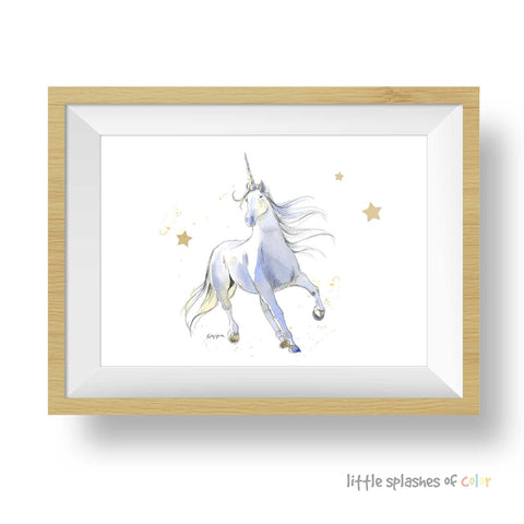 white unicorn print
