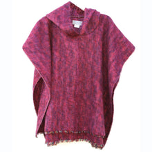 100% Alpaca Poncho (Color Berry)