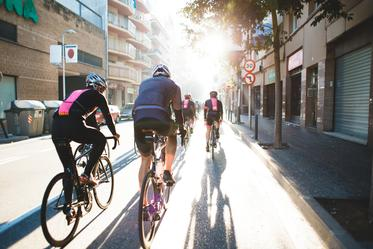 CYCLING products to your right >>>
