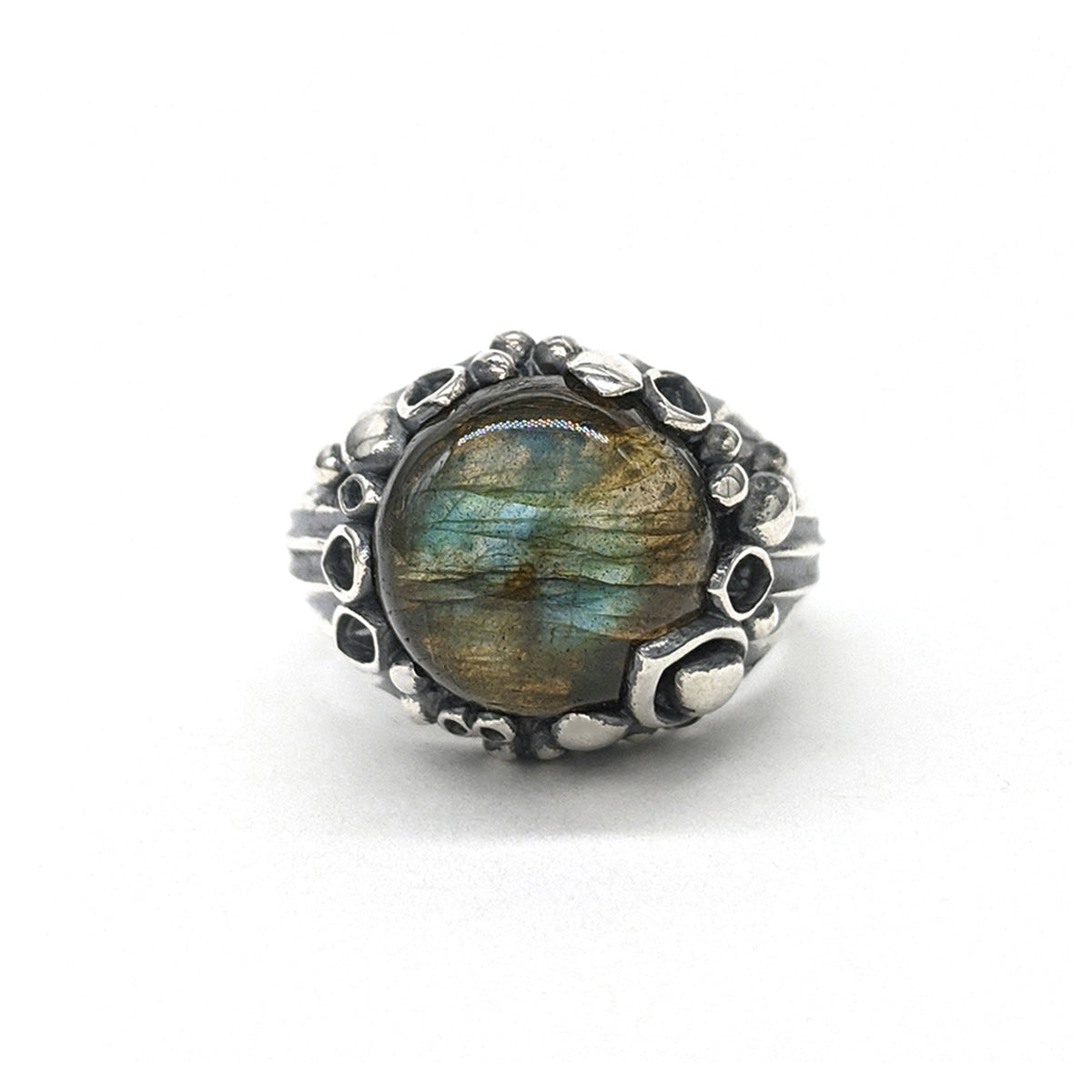 Lily Dome Ring in Labradorite
