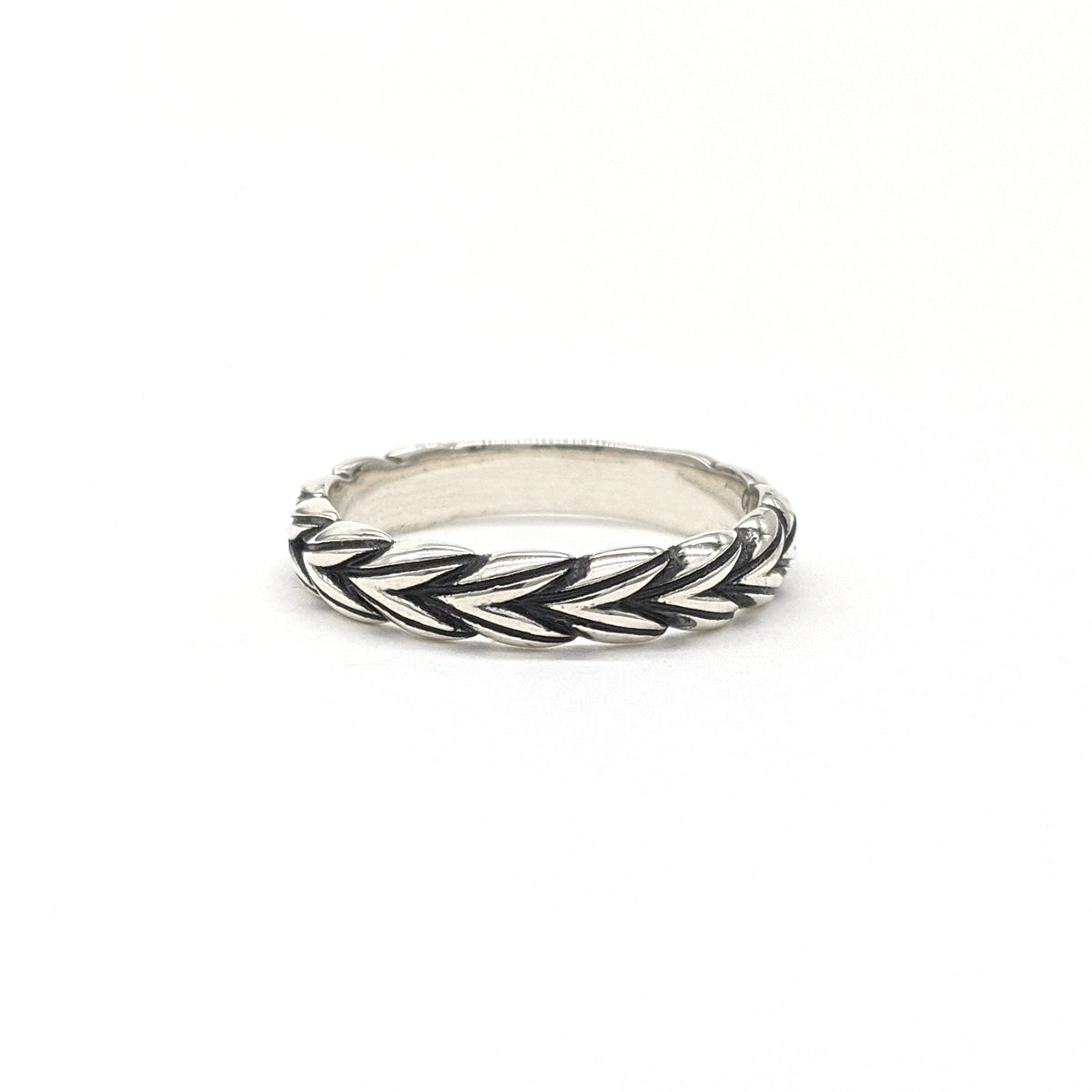 Star Anise Braid Ring