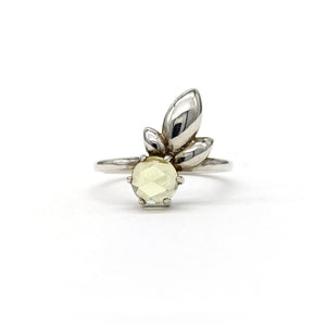 Lily Leaf Ring in Green - Size 7.50