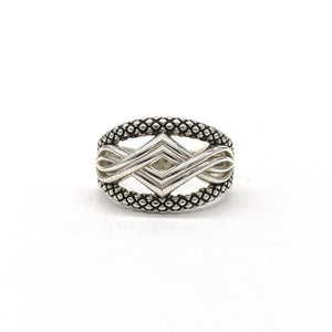 Magnolia Crossover Ring