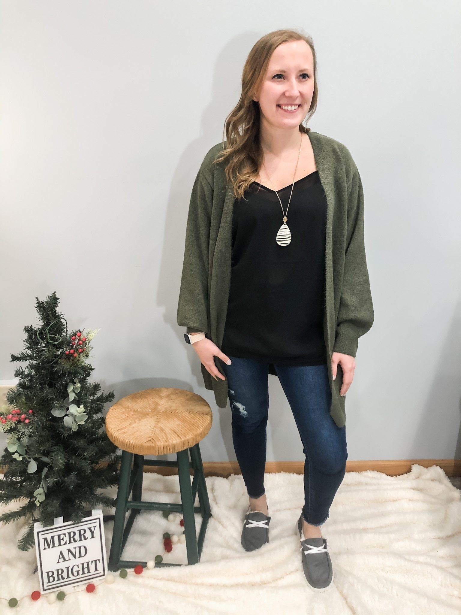 The Everly Soft Knit Cardigan in Olive Cardigan double hyfve
