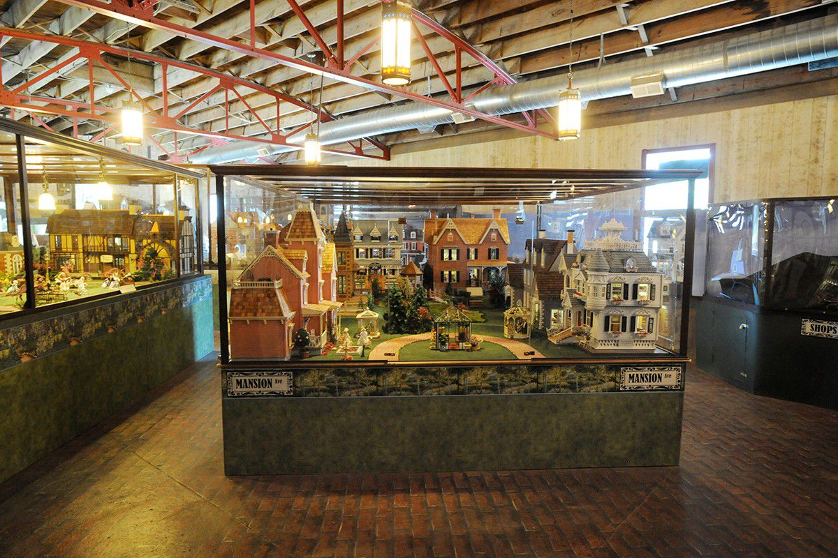 8 Not-to-Miss Dollhouse & Miniatures Museums | Little Shop of Miniatures