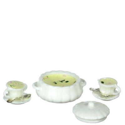 A dollhouse miniature claim chowder soup set.