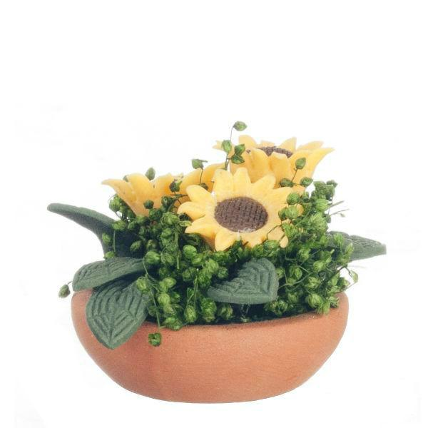 miniature sunflower centerpiece