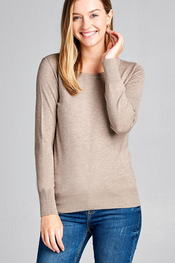 Long sleeve crew neck classic sweater