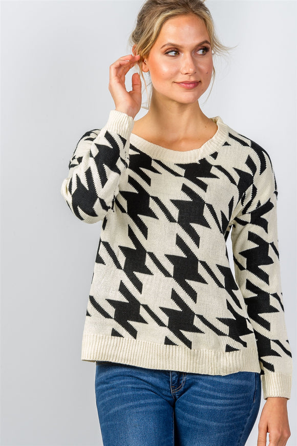Round neckline geo print color block knit sweater