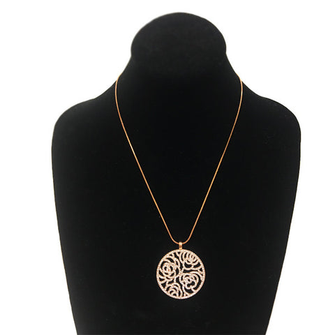 Floral Cutout Pendant Necklace