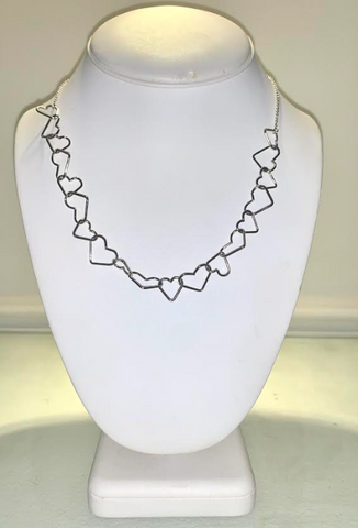Silver Heart Chainlink Necklace