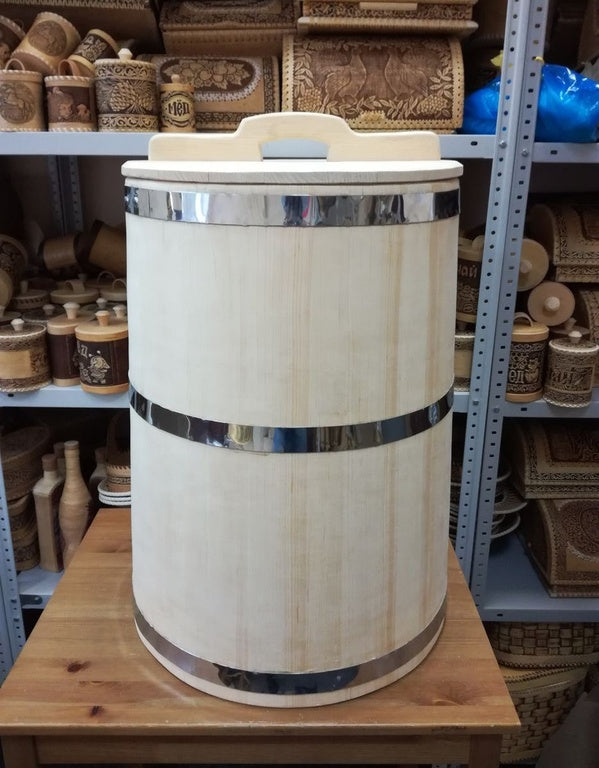 Traditional ecologically pure  100 L hand crafted Cedar container