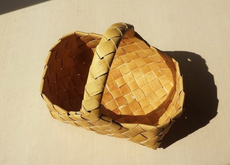Hand-crafted Siberian Birch Bark basket