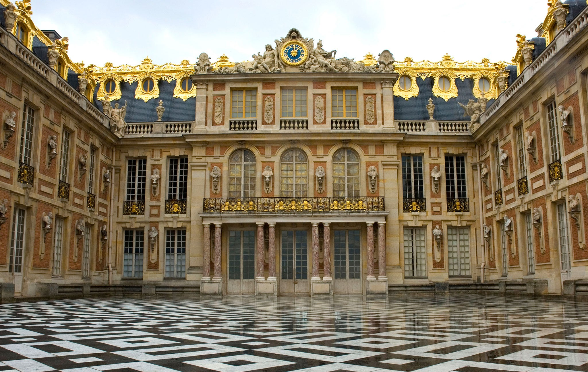 Allback Linseed Oil Paint on Château de Versailles