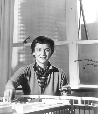 Image of Florence Knoll, courtesy of Knoll Inc.