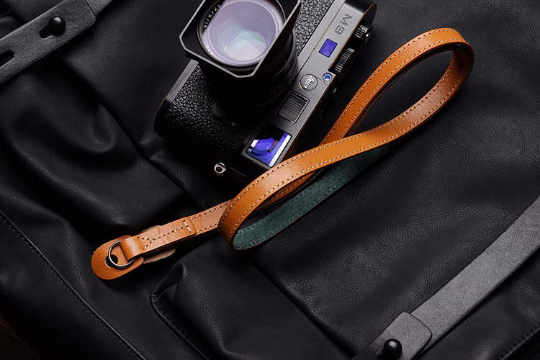 Tailor Handmade Real Cow Crazy Horse Leather Yellow Brown Retro Camera strap slr dslr buckles Leica Nikon Sony Olympus Canon fujifilm Bag