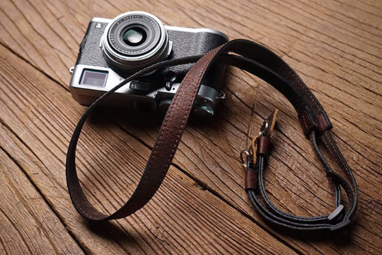Tailor Handmade Real Cow Crazy Horse Leather wax Dark Brown Retro Camera strap slr dslr buckles Leica Nikon Sony Olympus Canon fujifilm Bag