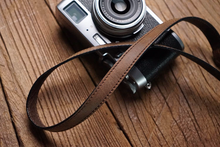 Tailor Handmade Real Cow Crazy Horse Leather wax Khaki Brown Retro Camera strap slr dslr buckles Leica Nikon Sony Olympus Canon fujifilm Bag