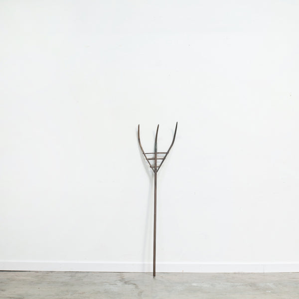 Primitive French Pitchfork
