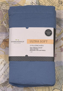 Threshold Ultra Soft Solid Blue Standard/Queen Pillowcase 300 Thread Count 1 Set