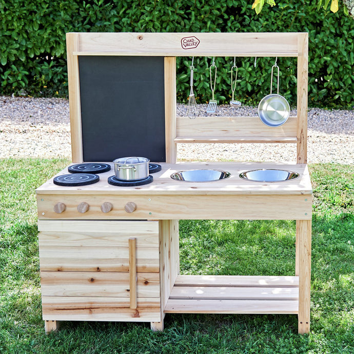 DIY Mud Kitchen in One Weekend!