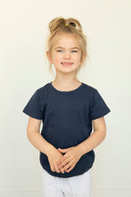 "Me Do. ""Learn to Dress"" Sensory Friendly, Tagless, Adaptive, Seamless, Every Day Tee (2T, 3T, 4T, 6)"