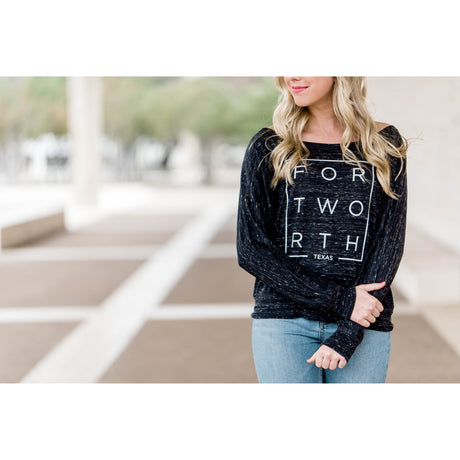 Black Marble Modern Fort Worth Flowy Long Sleeve Tee