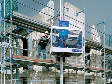 Böcker Superlift S225 tavarahissi Bau-Met Oy