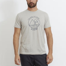 Vuori Mens The Rise The Shine Tee Light Grey