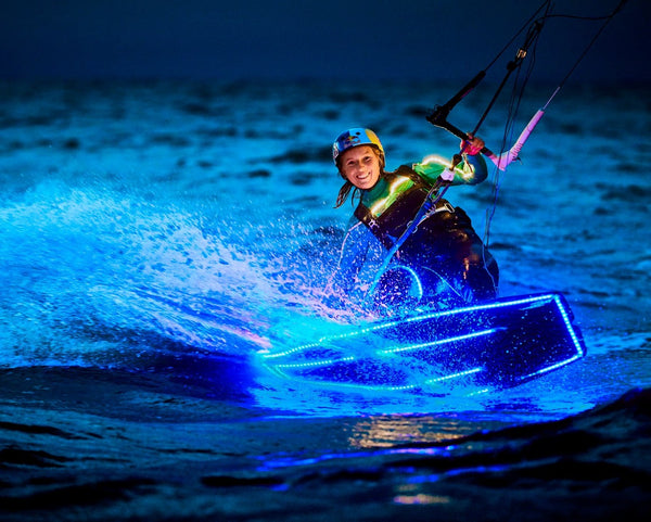 Therese Taabbel kiting through the night