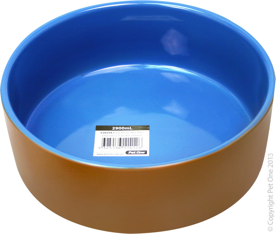 Pet One Bowl Blue Glazed 22.5Cm 2.9Ltr