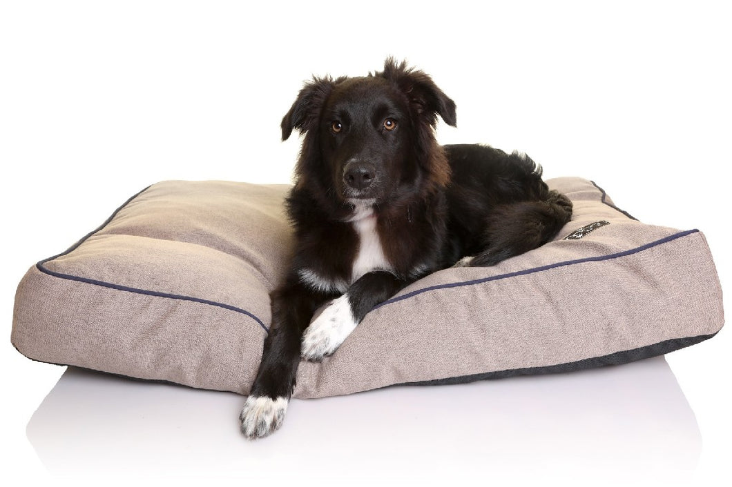 Doog Bed Brown rectangular