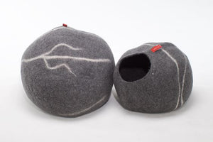 Sogno cat pods are cozy beds made from  100% sheep wool.