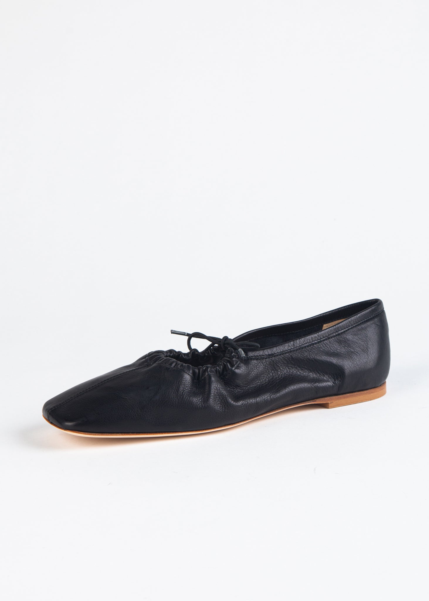 SNIP TOE LEATHER FLAT