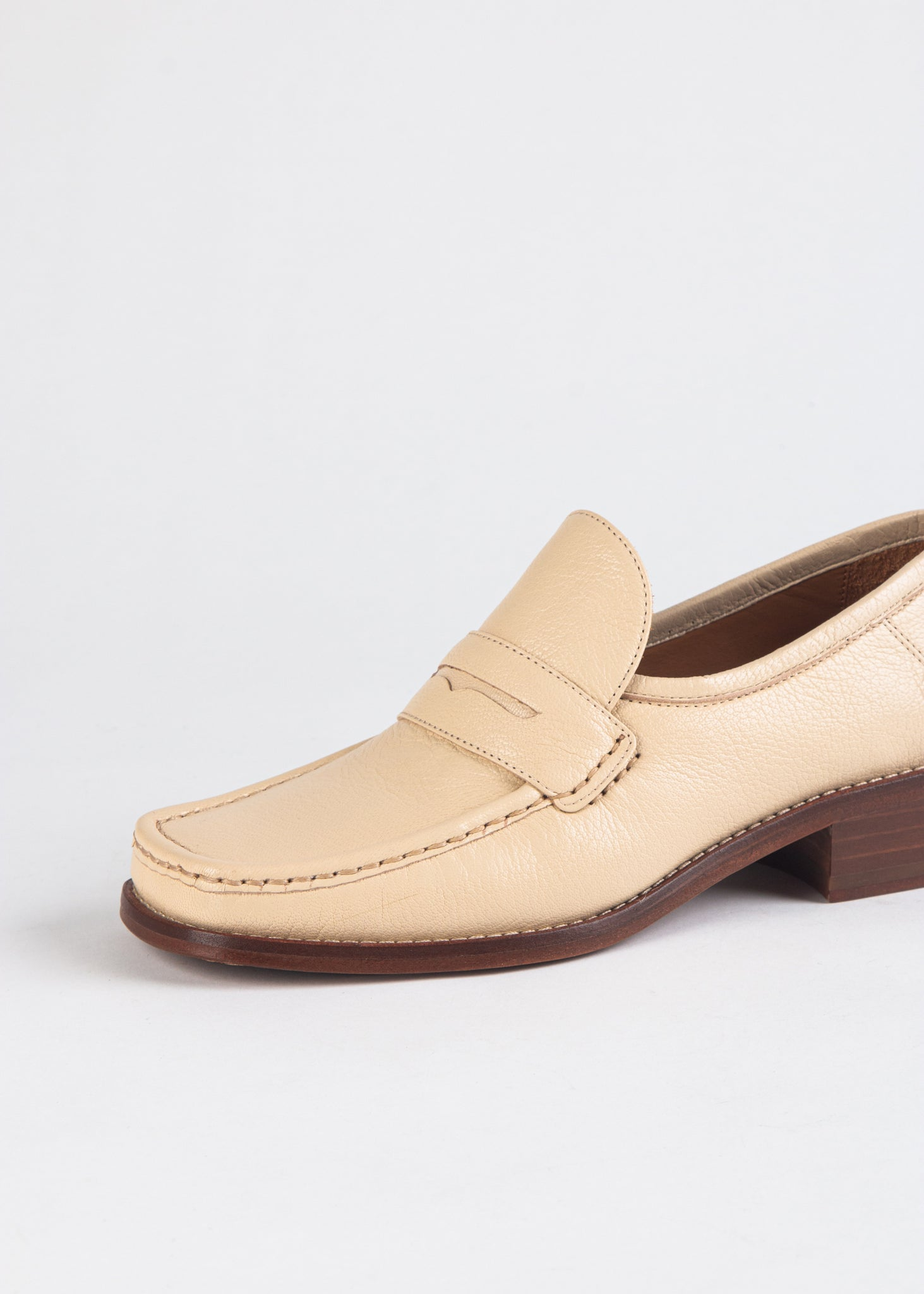 KATE SQUARE TOE LOAFER