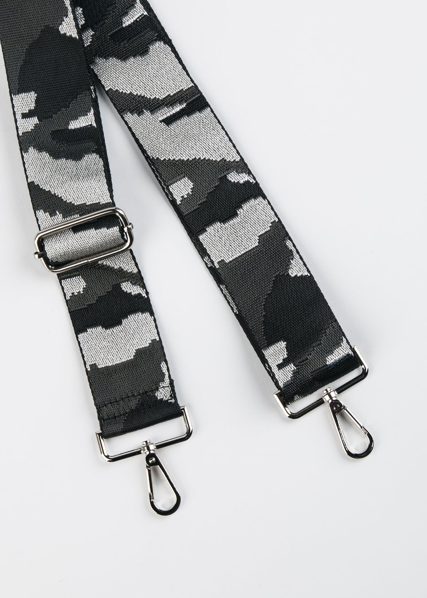 ADJUSTABLE CAMO PRINT GUITAR STRAP