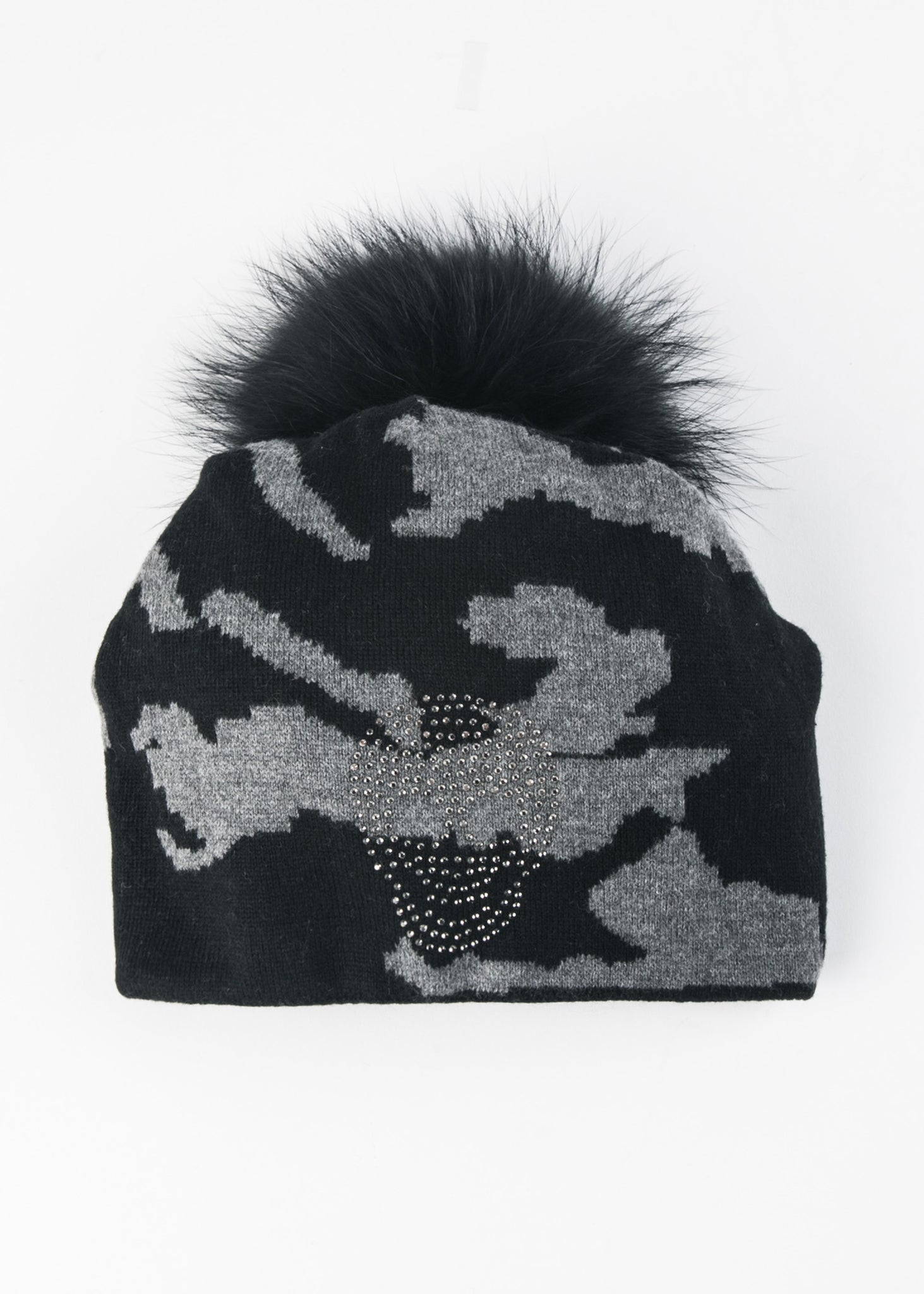 Beanie With Crystal Skull