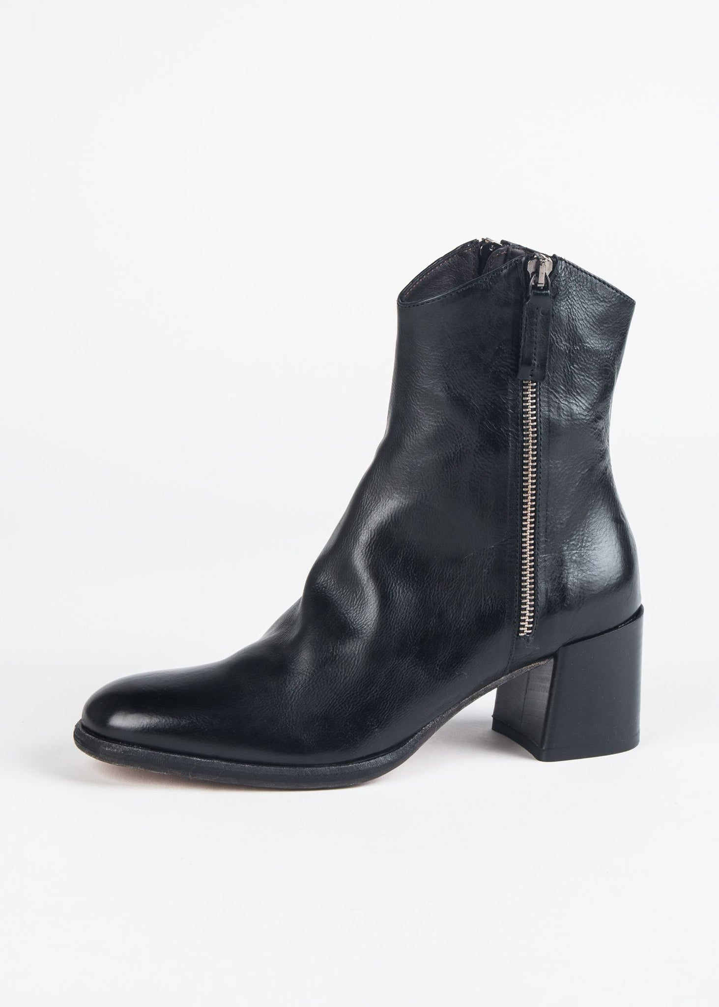DUAL ZIPPER LEATHER BOOT