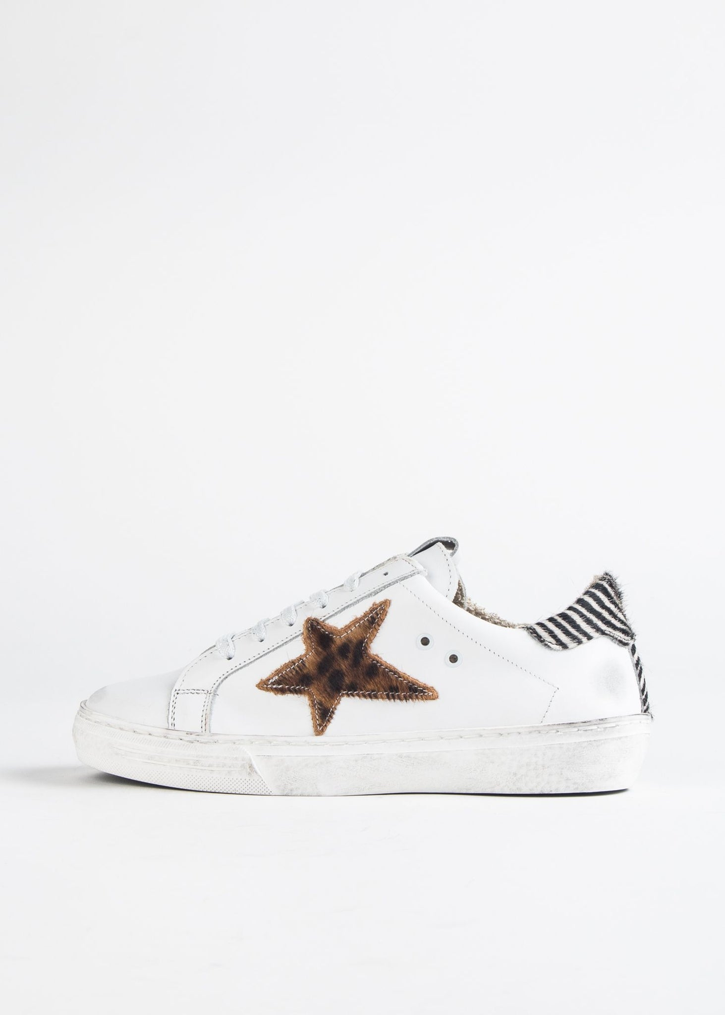 DISTRESSED LEOPARD STAR SNEAKER