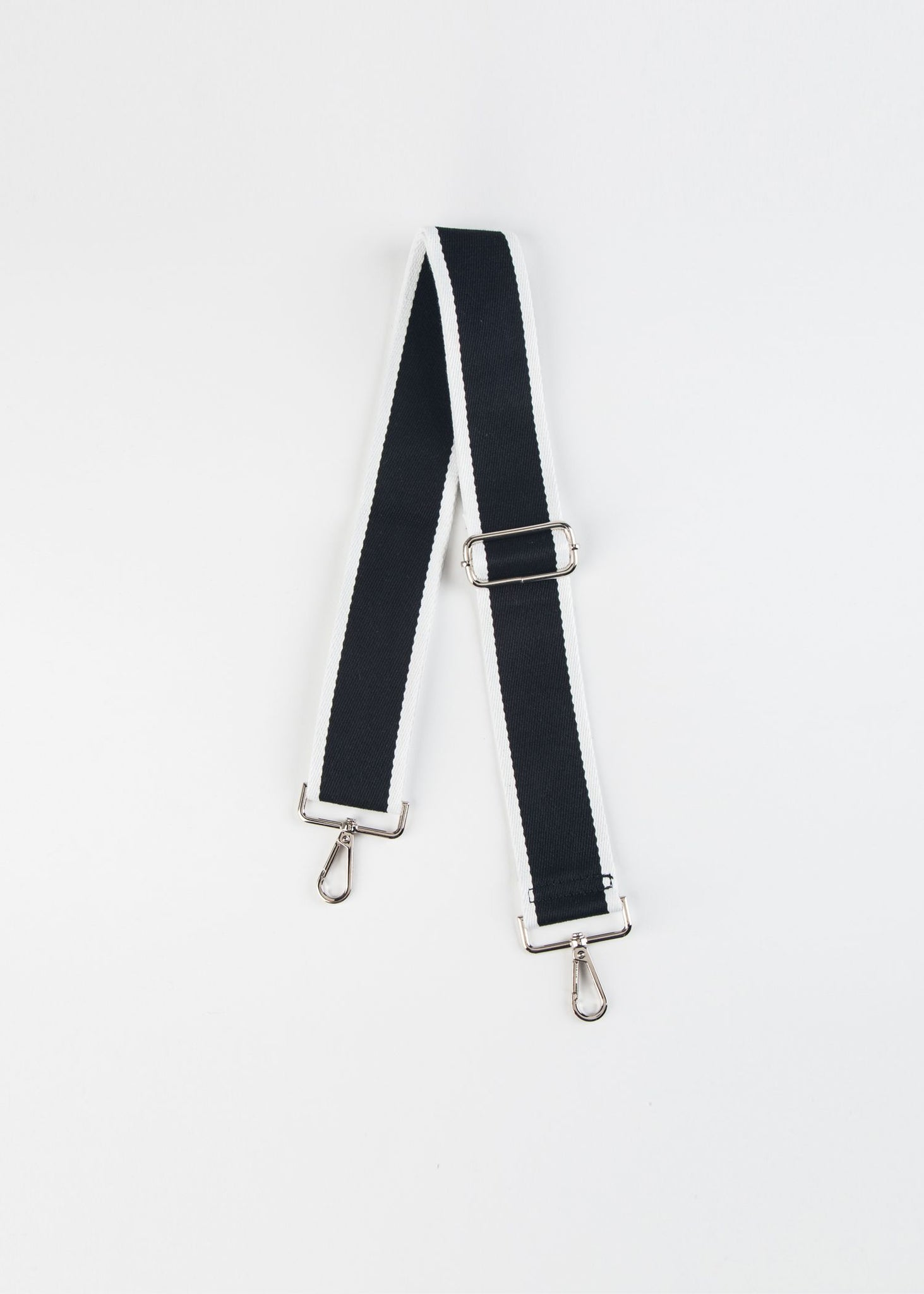 ADJUSTABLE BLACK/WHITE GUITAR STRAP