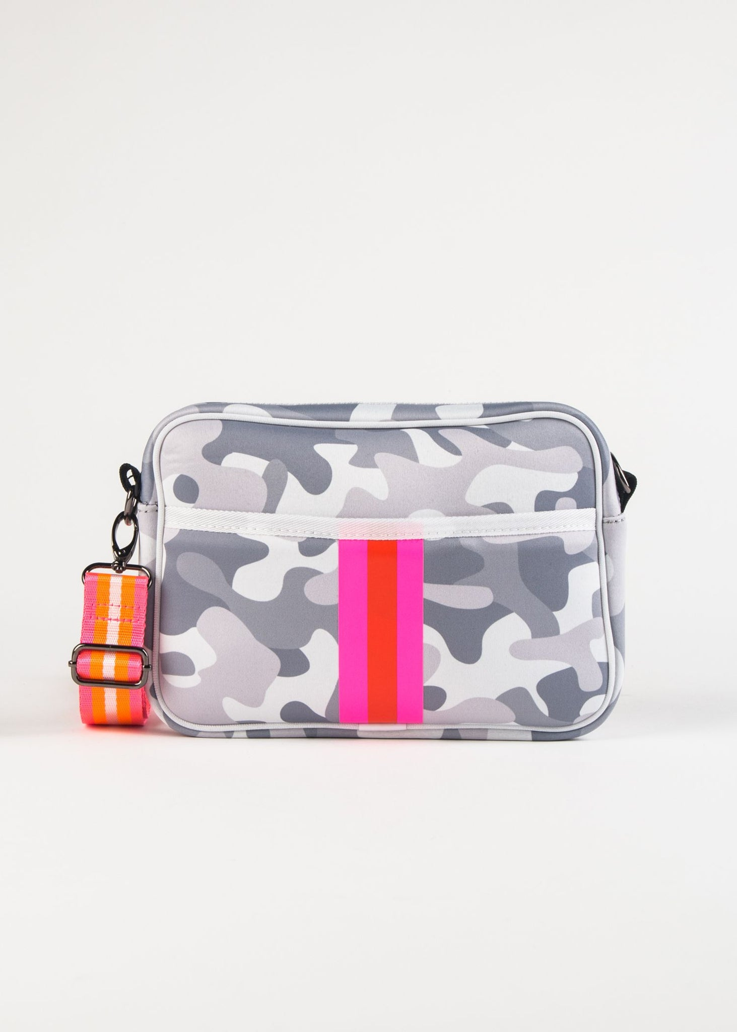 DREW-RISE CAMO PRINT NEOPRENE CAMERA BAG