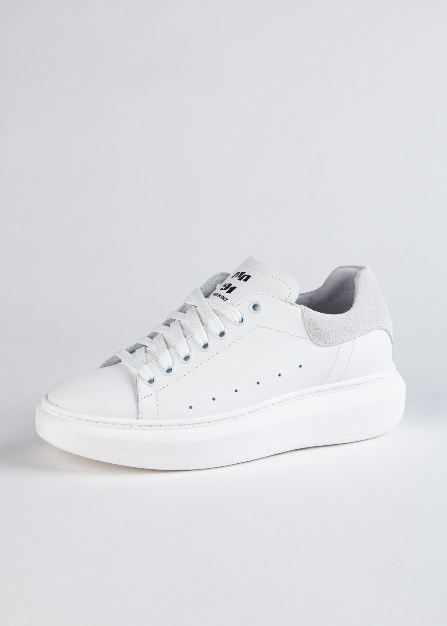 INES LEATHER SNEAKER