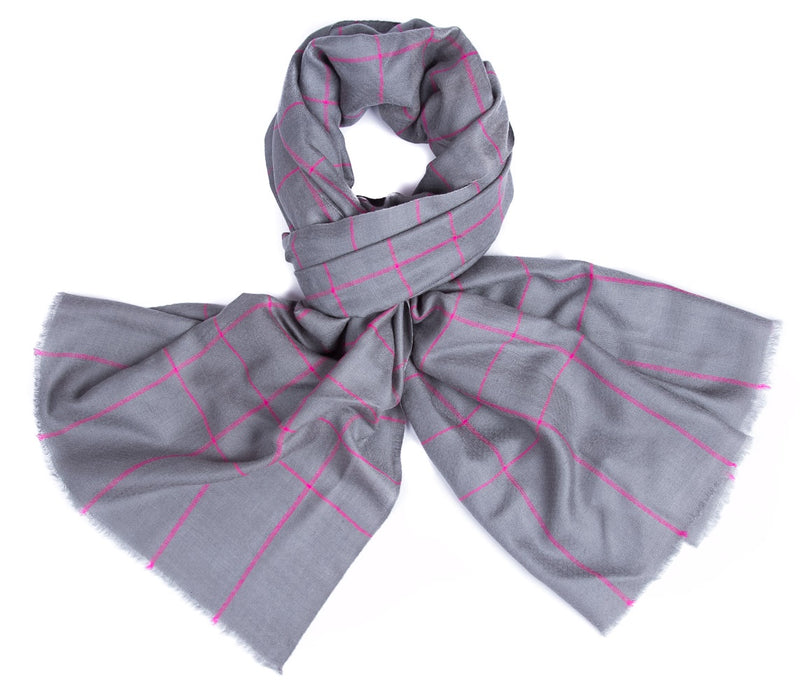 Yarn Dyed - grey with Pink checks
