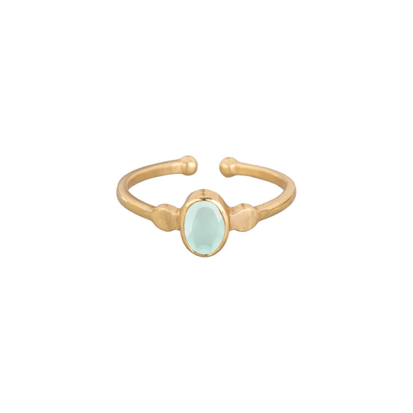 Ring Small Oval Stone Gold