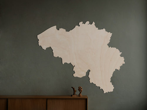 HOUTEN WANDDECORATIE / WOODEN WALL DECORATION - MUURDECORATIE / WALL ART - LANDKAART BELGIË / COUNTRY MAP BELGIUM - LICHT HOUT / NATURAL WOOD - LAND KAART - WANDFIGUUR BELGIQUE - CADEAU / GIFT / GESCHENK WOODEN MAP / MODERN DECO/ woonkamer / wonen / trendy / stijl